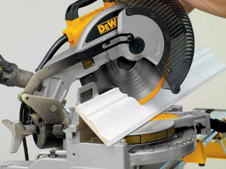 how to use a miter saw to cut baseboards