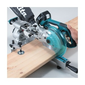 makita lxsl01z 18vdual slide compound miter saw review. Black Bedroom Furniture Sets. Home Design Ideas
