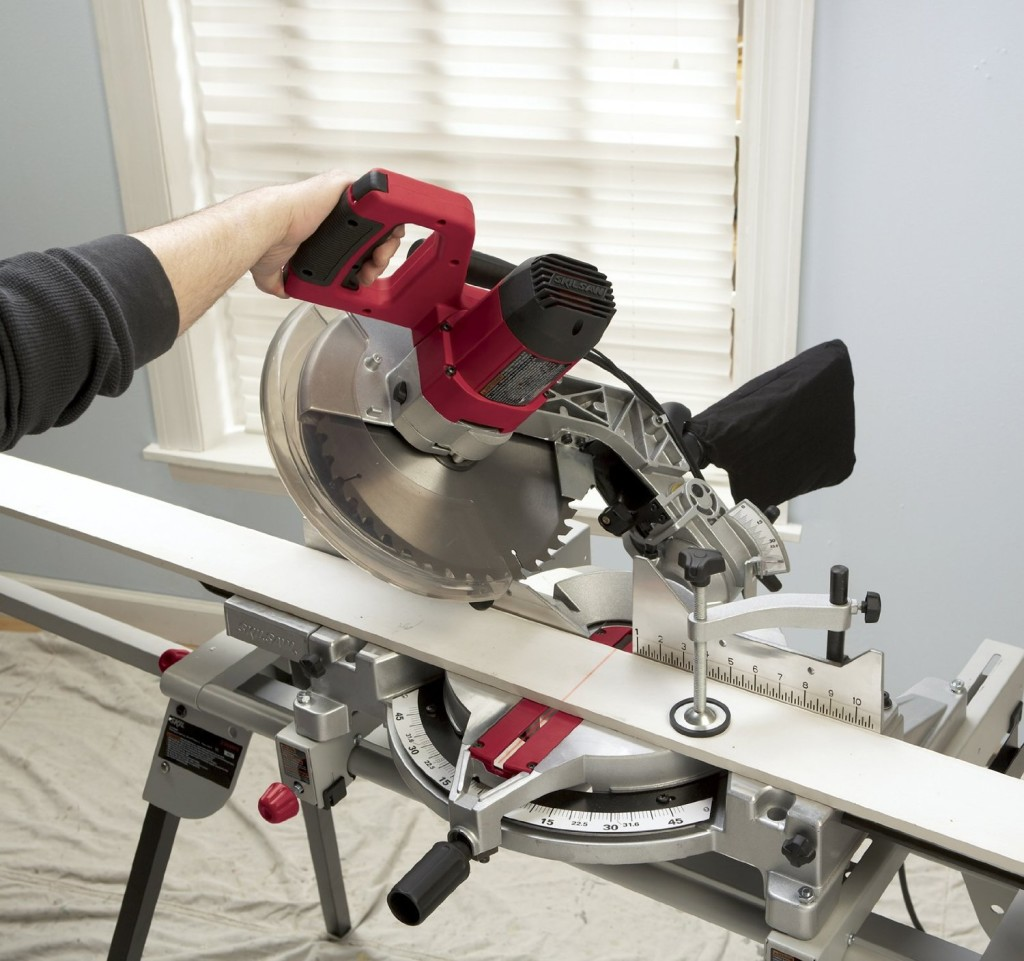 SKIL 3820-02 120-Volt 12-Inch Compound Miter Saw